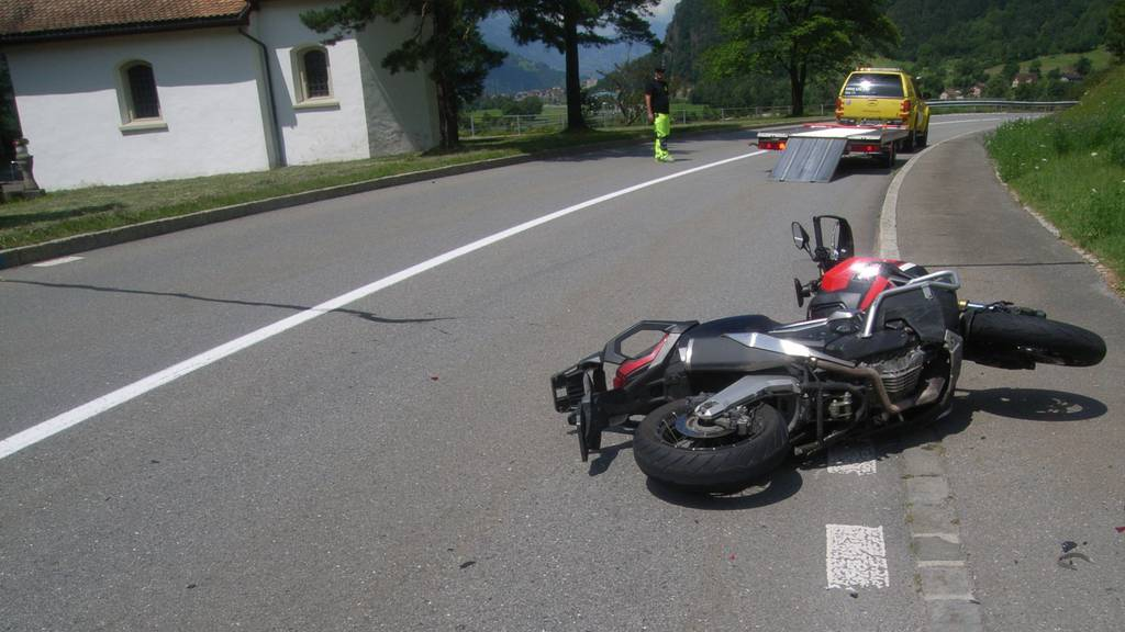 Töfffahrer bei Kollision verletzt