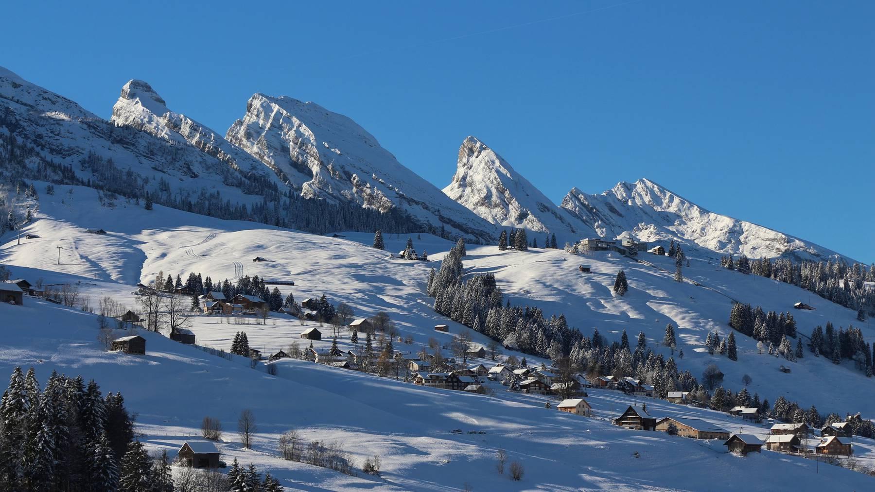Lust auf eine Winterwanderung entlang der Churfirsten? (Bild: iStock)