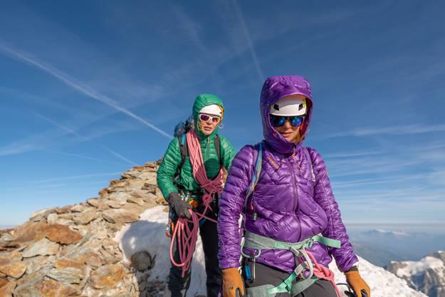 Sue mit ihrer Bergführerin Felicitas Feller.