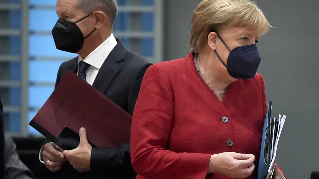 Merkel distanziert sich von SPD-Kanzlerkandidat