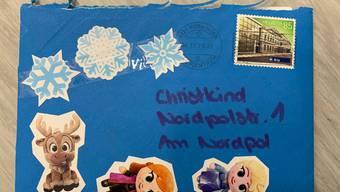 Kinderbriefe an das Christkind und den Weihnachtsmann werden von der Post beantwortet - sofern der Absender ausfindig gemacht werden kann.