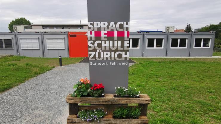 Am neuen Standort in der Fahrweid gehen 22 Kinder zur Schule.Bild: zvg