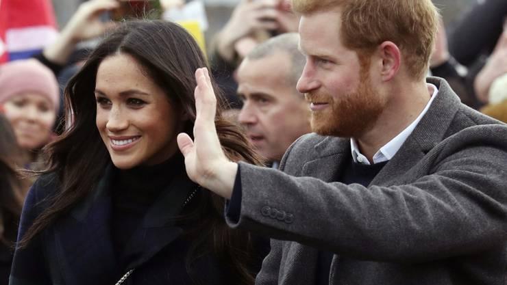 Prinz Harry und seine Verlobte Meghan Markle weilen zu Besuch im eisigen Schottland.