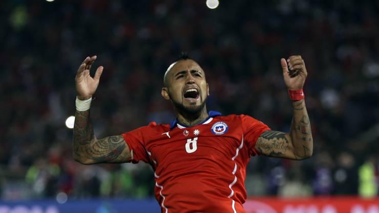 Vidal feiert den Copa-Sieg mit Chile