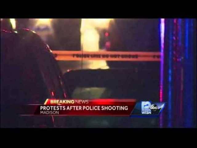 Proteste nachdem ein schwarzer 19-Jähriger von Polizisten erschossen wurde