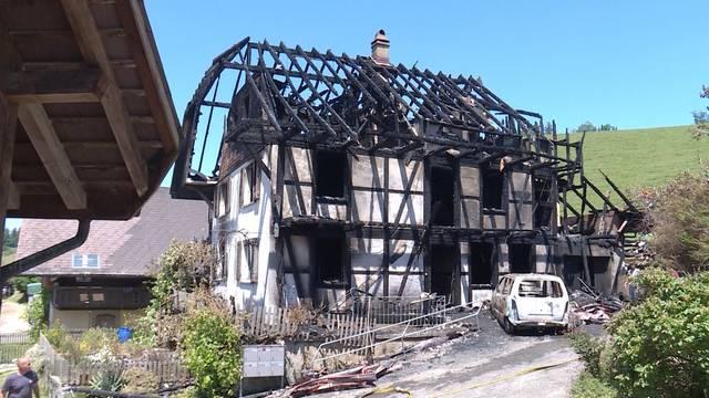 Utzigen: Grossbrand eines Wohnhauses