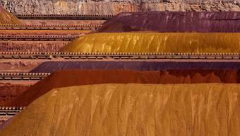 Hügel aus Eisenerz in Westaustralien