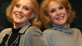 Traute Zweisamkeit - die Zwillinge Alice und Ellen Kessler sind 75 (Archiv)