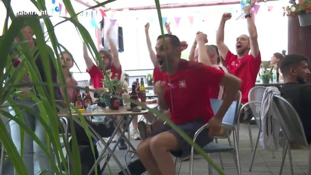 So haben die Fans das 3:1 gegen die Türkei gefeiert