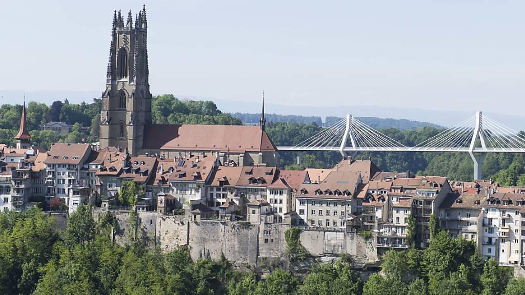 Duo versucht Kasse in Freiburger Kirche zu knacken