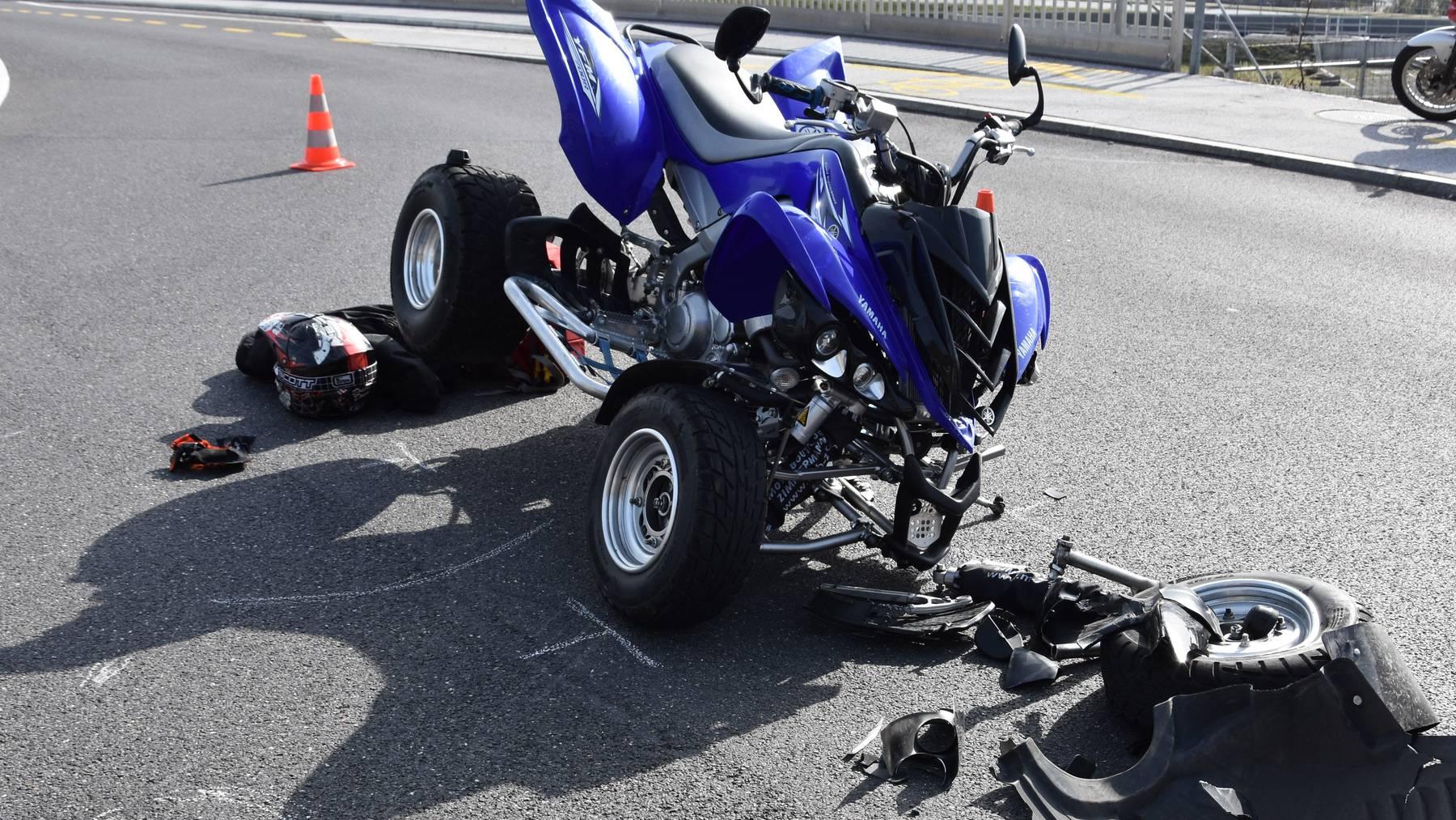 Der Quad-Fahrer verunfallte auf der Stansstaderstrasse in Stans.