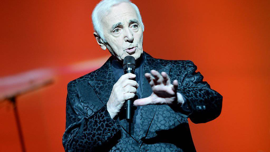 Armenier ehren Aznavour mit Hollywood-Stern