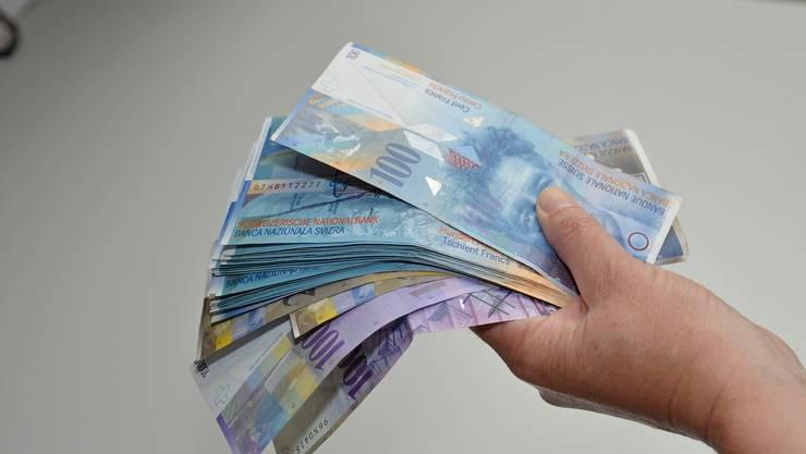 """""""Eine direkte, persöngliche Zahlung an Arme"""", wünscht sich """"Avenir Suisse""""."""