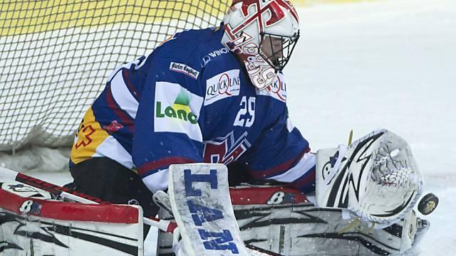 Biel-Goalie Simon Rytz kassiert gegen Genf fünf Treffer