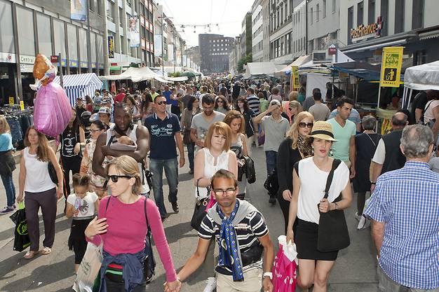 »Alljährlicher Besucheransturm in der Bieler Innenstadt«