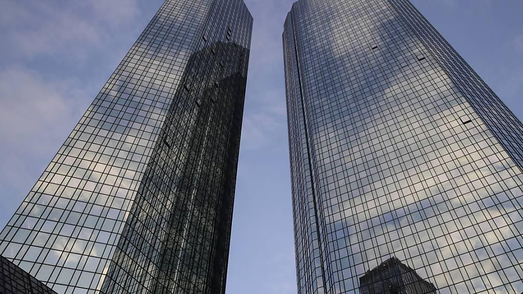 Banken bauen wegen Corona-Krise tausende Filialen ab