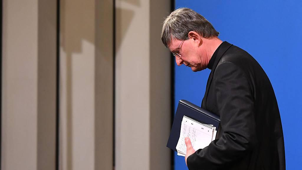 dpatopbilder - Kardinal Rainer Maria Woelki, Erzbischof von Köln, bei einer Pressekonferenz zur Vorstellung eines Gutachtens zum Umgang des Erzbistums Köln mit sexuellem Missbrauch. Foto: Ina Fassbender/AFP Pool/dpa