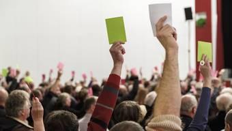 Die Gemeindeversammlung, hier in Biberist, ist im Kanton Solothurn den stimmberechtigten Schweizer Bürgern vorbehalten. Ausländer dürfen lediglich als Zuschauer daran teilnehmen. Dabei bleibt es nach dem Entscheid des Kantonsrats weiterhin.