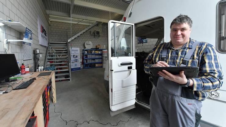 Martin Debalds Caravan-Werkstatt in einer Workbox in Gretzenbach.