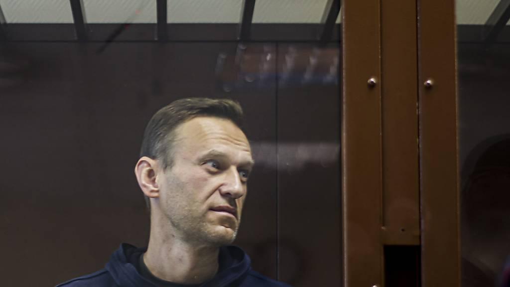 HANDOUT - Dieses vom Bezirksgericht Babuskinsky zur Verfügung gestellte Bild zeigt den russischen Oppositionsführer Alexej Nawalny. Foto: Uncredited/Babuskinsky District Court/AP/dpa - ACHTUNG: Nur zur redaktionellen Verwendung und nur mit vollständiger Nennung des vorstehenden Credits