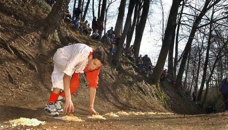 Eierleset - Tradition in Kyburg-Buchegg