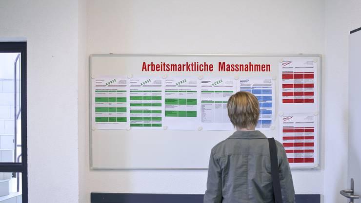 Die Zahl der registrierten Arbeitslosen im Kanton Solothurn stieg gegenüber dem Vormonat um 93 auf 3'351.