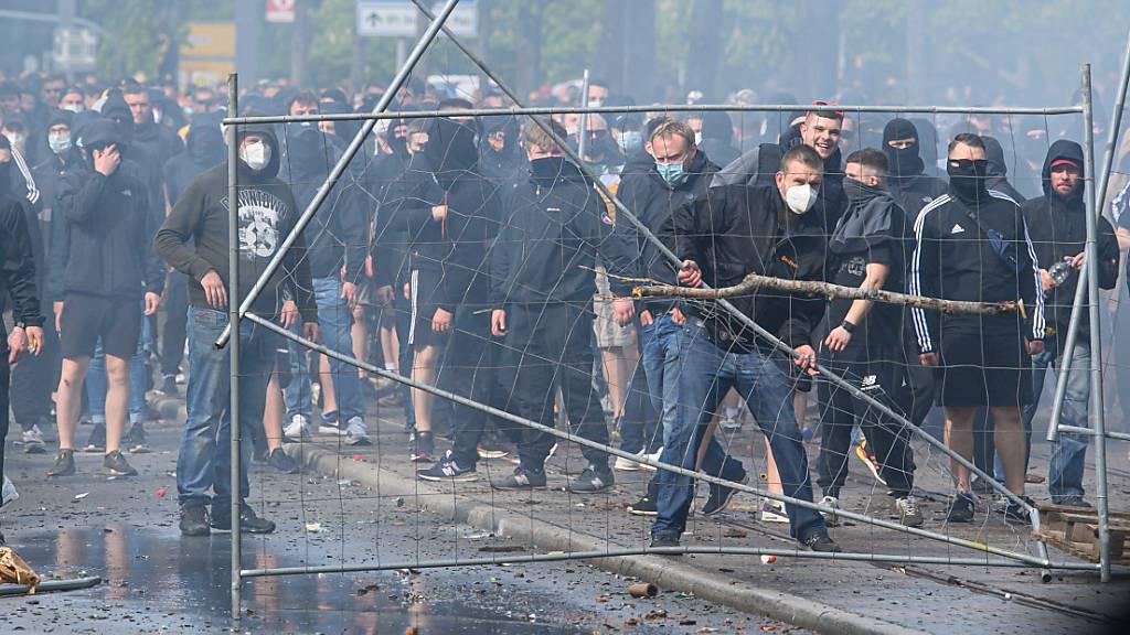 Dynamo Dresden: Schwere Ausschreitungen beim Wiederaufstieg