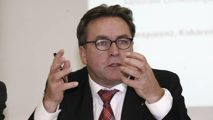 Urs Wüthrich: «Persönlich» bedauert der Regierungspräsident «die Hängepartie» bei der Umsetzung des Sprachenkonzepts in der Primarschule. NIZ