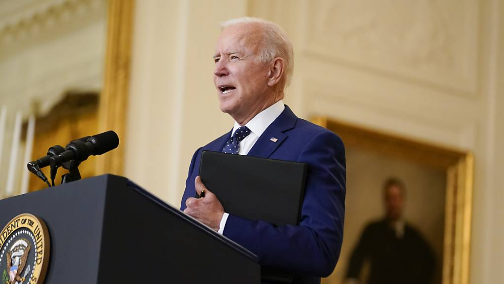 Joe Biden, Präsident der USA, spricht im East Room des Weissen Hauses.