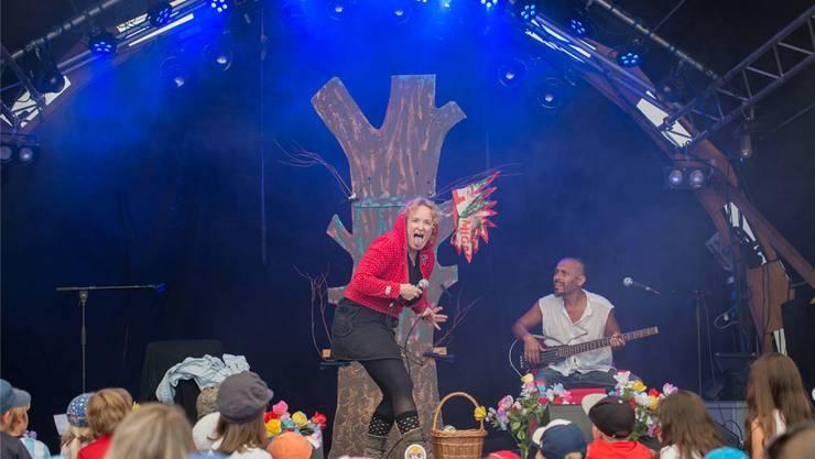 Auch dieses Jahr findet der traditionelle «Advent im Kurtheater» wegen Umbauarbeiten nicht im Kurtheater selbst statt. Ursula Burgherr/Archiv