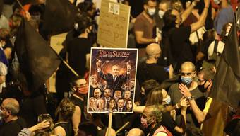 Israelis demonstrierten gegen Netanjahu.