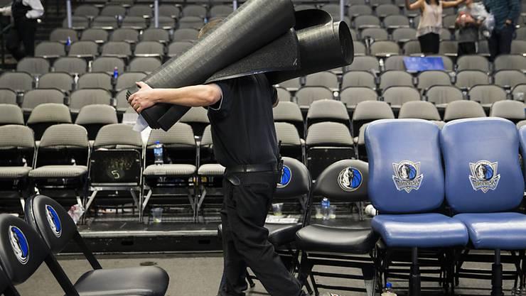 Die finanziell in Bedrängnis kommenden Hallen-Arbeiter in Nordamerika erhalten Unterstützung von den Sportstars