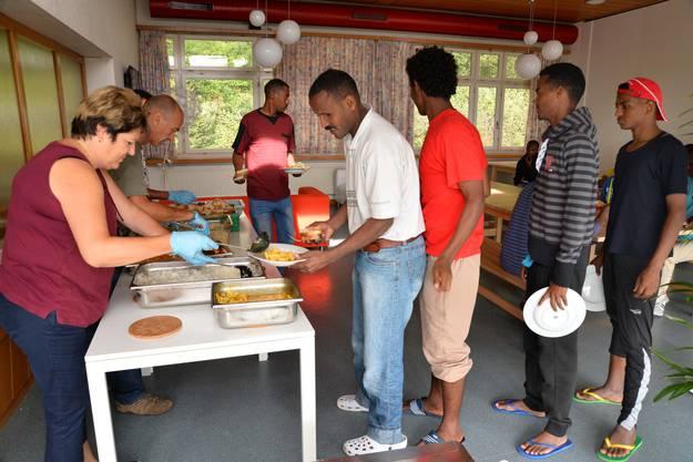 Das Mittag- und Abendessen wird aus der Küche des Bürgerspitals Solothurn angeliefert