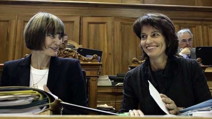 Micheline Calmy-Rey und Doris Leuthard im Bundeshaus.