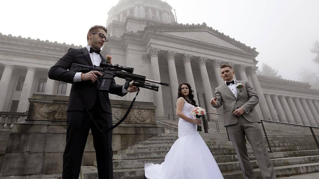 Auf einer Hochzeitsfeier in Hannover fielen Schüsse: Grund sollen Familienstreitigkeiten gewesen sein. (Symbolbild)