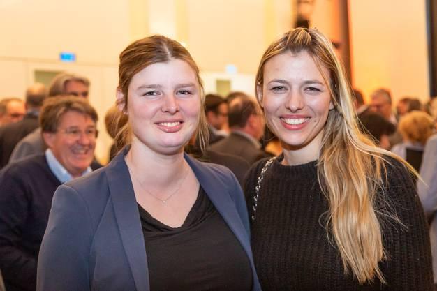 Recycling-Unternehmerin Karin Bertschi (rechts) mit Schwester Olivia Bertschi.