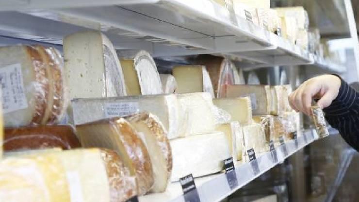 Aus Sicherheitsgründen ruft die Migros Zürich die betroffenen Gorgonzola-Käsesorten zurück. (Symbolbild)
