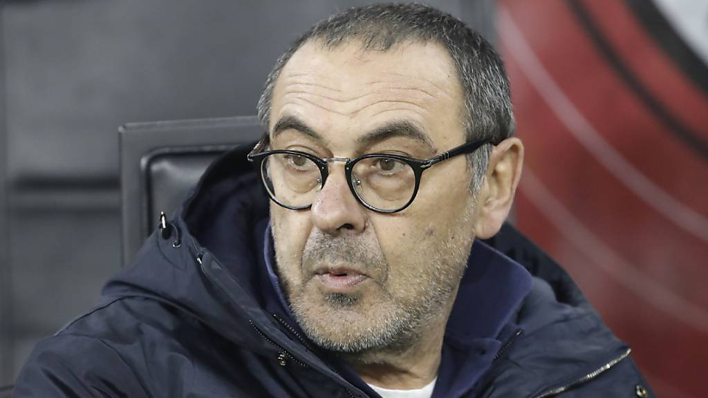 Trainer Maurizio Sarri und die Spieler von Juventus Turin verzichten auf viel Lohn