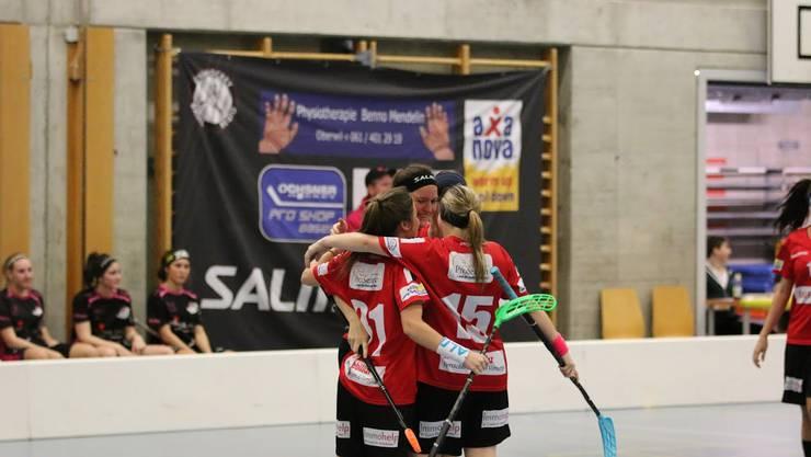 Das Frauen-NLB-Team von Unihockey Basel Regio hatte gegen die Hot Chilis aus Rümlang keinen Grund zum Jubeln.