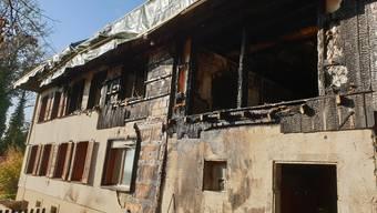 Durch den Brand in Selzach wurde ein Mehrfamilienhaus beschädigt.