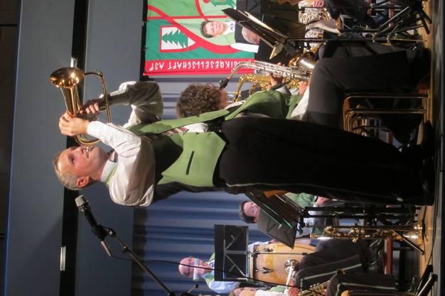 Solist Remo Villiger mit seinem Flügelhorn