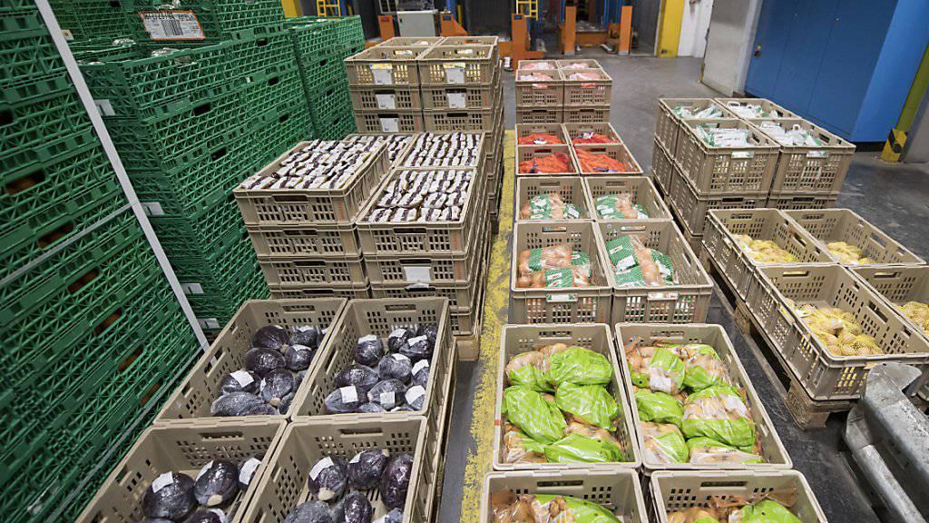 Verteilzentrum der Migros in Dierikon: Der Detailhandelsriese hat im vergangenen Jahr zwar mehr Waren umgesetzt, dabei aber deutlich weniger verdient als 2015.