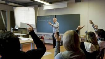 Von der zusätzlichen Ferienwoche ausgeklammert sind die Lehrpersonen der Mittelschulen, Fachhochschulen und Berufsschulen. Dies stösst auf Unverständnis.