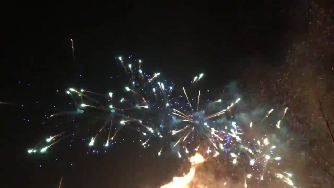So schön: ein weiteres Video vom Mittefasten-Feuerwerk