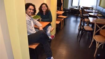 Alfonso Escobar und Evelyne Fischer sind voller Ideen für ihr Café. Ihr Anliegen ist es, eine Bühne aufzubauen, auf der beispielsweise Konzerte stattfinden können.