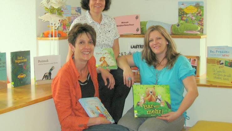 Das Bibliotheksteam (v.l. Alexandra Balzan, Anita Jäggli und Claudia Oberli)