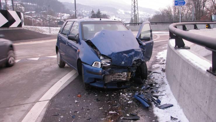 Das zerstörte Auto des jungen Italieners.