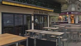 Die Rhyschänzli-Gruppe trennt sich schon wieder von der «All Bar One» in der Steinenvorstadt. (Archiv)