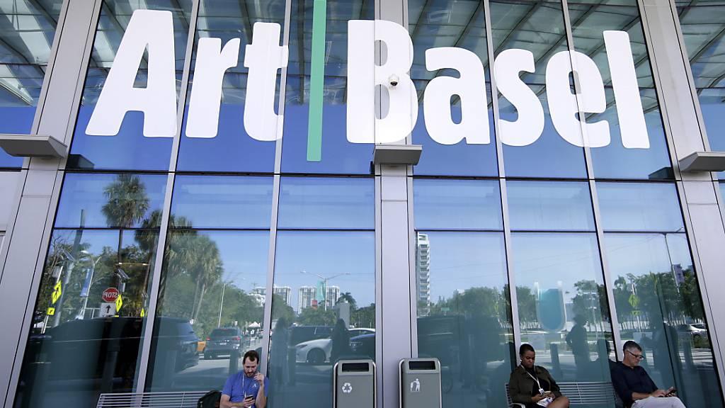 Im vierten Quartal 2021 will die MCH Group wieder die bekannte Kunstmesse Art Basel Miami durchführen. (Archivbild)