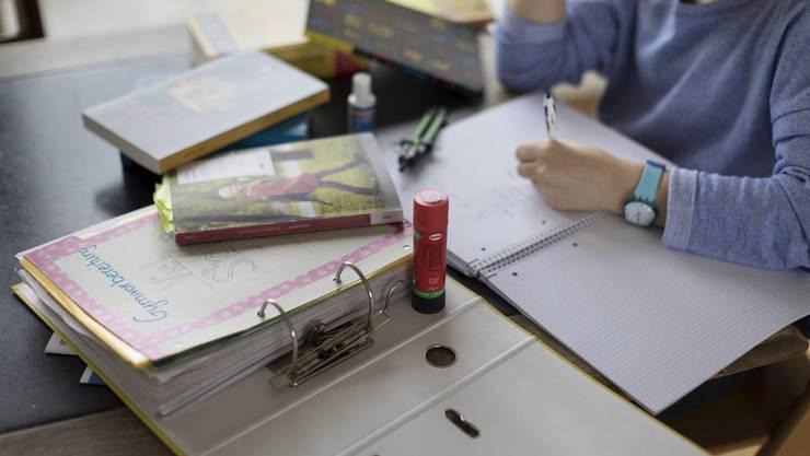 Probehalber eine alte Gymiprüfung zu lösen erachtet Lerncoach Katrin Piazza als sinnvoll.  Nicht jedoch einem einzelnen Test so viel Wichtigkeit beizumessen.